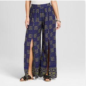 Bohemian split-front wide leg pants (NWOT)